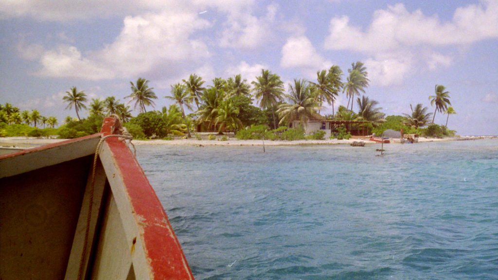 atoll lagon tuamotu