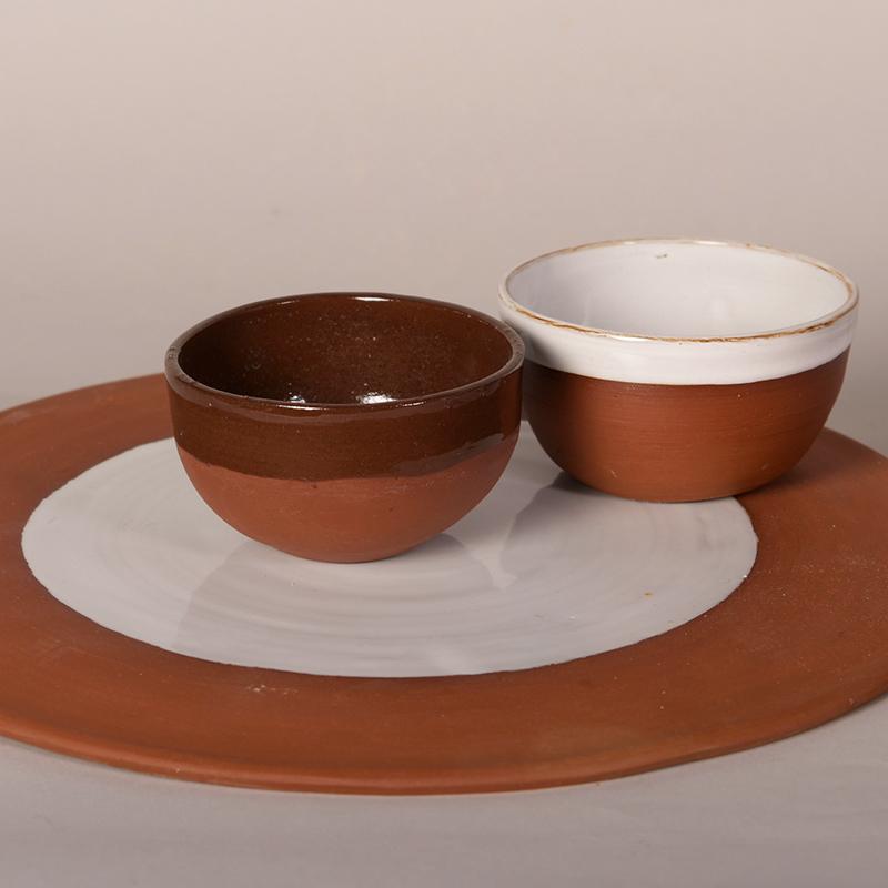 Plat de présentation et mini bols en grès de Noron